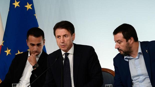 """Matteo Salvini: """"Oggi è una giornata storica"""" approvato il Decreto Sicurezza"""