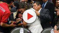 Deputada mexicana descobre sobre morte da própria filha em meio ao congresso