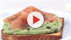 Ricette per antipasti: assaggini alla pizza, toast e tartine al salmone