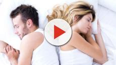 A posição que um casal dorme pode revelar muita coisa sobre a relação
