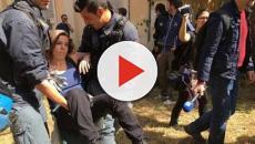 Migranti, centro Baobab sgomberato con la ruspa, Salvini: 'Non è finita qui'