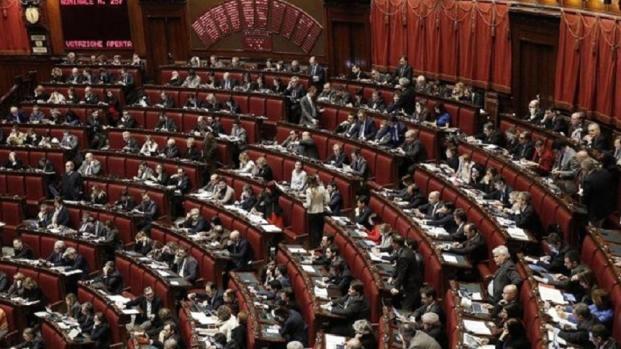 Dl Genova è legge, arriva l'approvazione del Senato ed è bagarre in aula