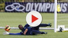 Jogador de futebol Elisson comunica o falecimento de seu filho após acidente