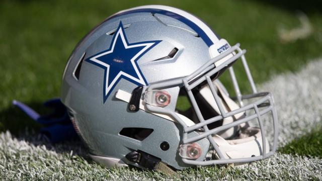 Dallas Cowboys are 7.5-point favorites over Washington Redskins