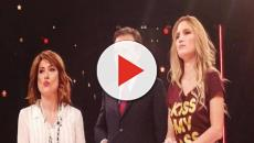 Chiambretti censura la maglietta di Alessandra Cantini: