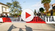Tragedia di Corinaldo: 'Spray spruzzato per rubare una catenina'