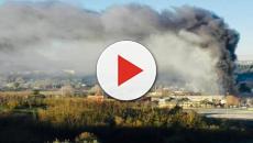 Roma, incendio al centro trattamento rifiuti in via Salaria: aria irrespirabile
