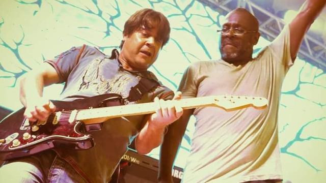 Ex-integrante da banda Yahoo, Sérgio Knust, morre em acidente de carro