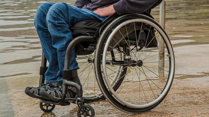 Cuneo: Papà uccide il figlio disabile, oscuro il movente