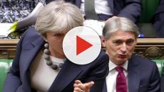 Inghilterra: la May con 200 voti contrari supera il voto di sfiducia del partito