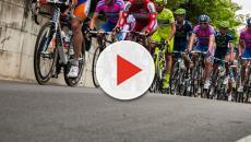 Ciclismo, Simon Yates e Tom Dumoulin confermano la presenza al Giro d'Italia