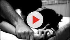 Una mujer apuñala a tres hombres que estaban violando a su hija en Sudáfrica