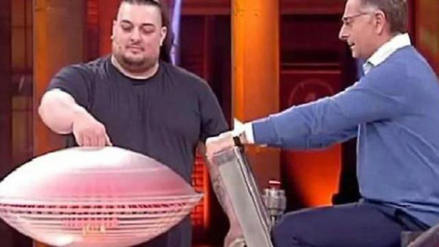 'Avanti un altro' torna su Canale 5 dal 7 gennaio, Michelone non ci sarà