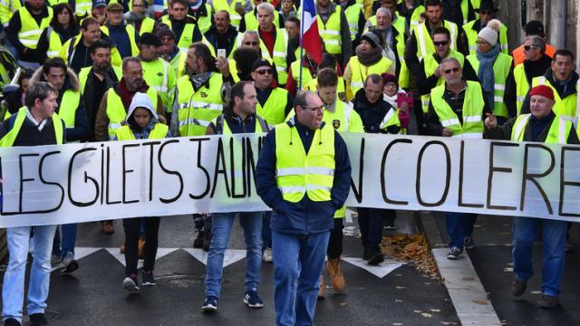 Politique : 5 slogans des Gilets Jaunes