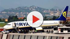 Una coppia di coniugi inglesi costretta a volare seduti per terra in aereo