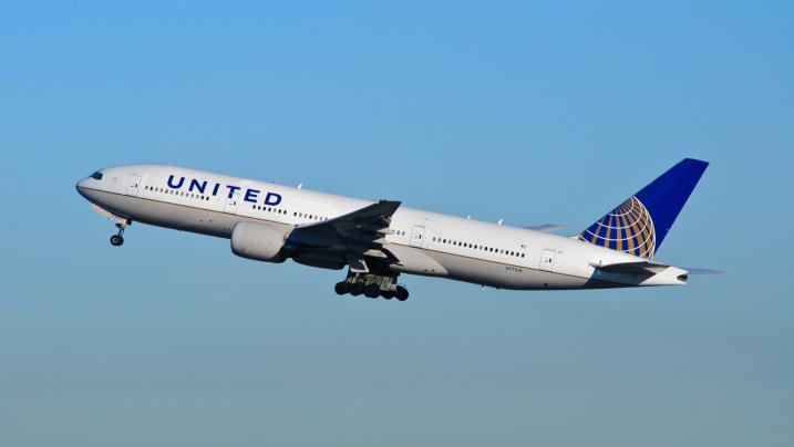 United Airlines: atterraggio d'emergenza e portellone aperto per 20 ore a -30º