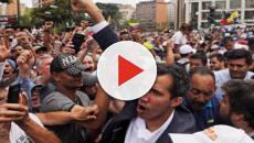 Venezuela, Juan Guaidò giura sulla costituzione e si proclama presidente
