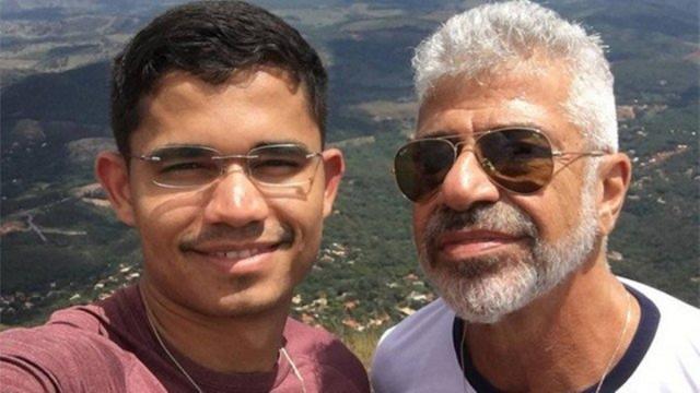 Namorado de Lulu Santos responde comentário de xaveco em foto do cantor