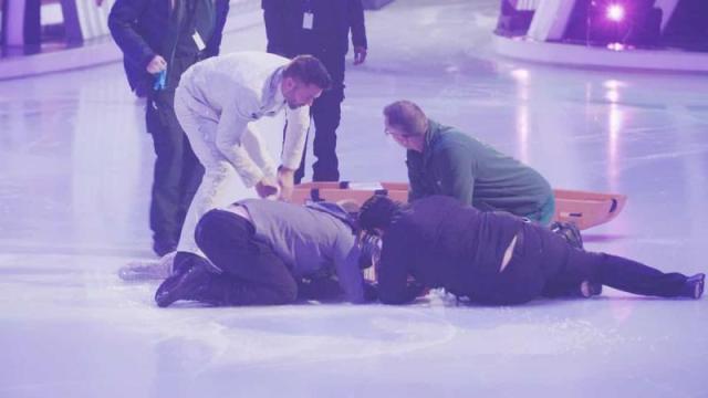 Dancing On Ice 2019: Jane Danson faints, while Gemma Collins falls again