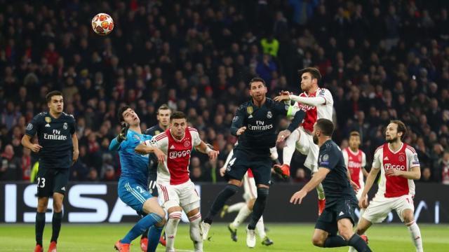 Une défaite prometteuse pour l'Ajax Amsterdam