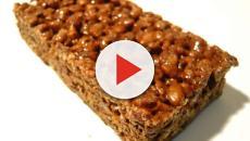 Ricetta vegana: barrette al cioccolato fondente con riso soffiato