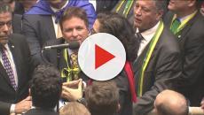 Na Europa, Jean Wyllys critica Sergio Moro e ataca eleitores de Bolsonaro