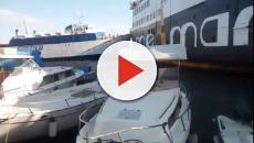 Ischia: a causa del vento forte un traghetto urta una nave ferma