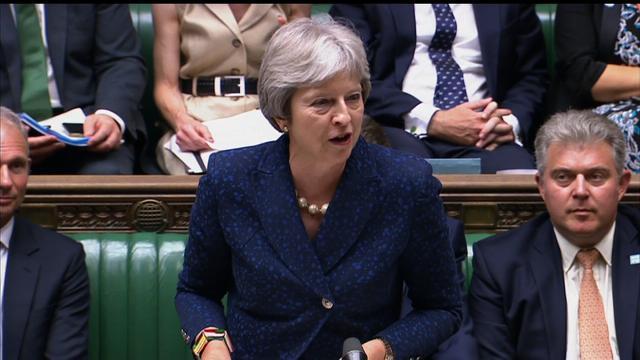 Theresa May offre al Parlamento la scelta di rinviare Brexit