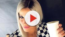 Amanda Lear boccia Baby K a Sanremo Young e scatena le proteste del pubblico