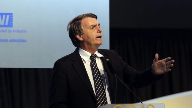Estadão desmente afirmação que Jair Bolsonaro fez em seu Twitter