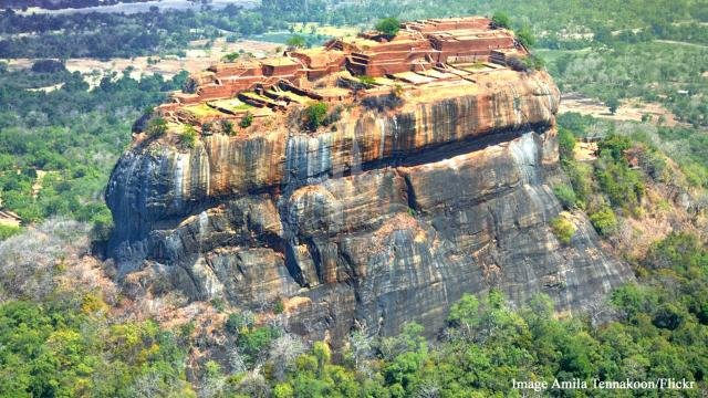 Visit these 5 fascinating places in Sri Lanka