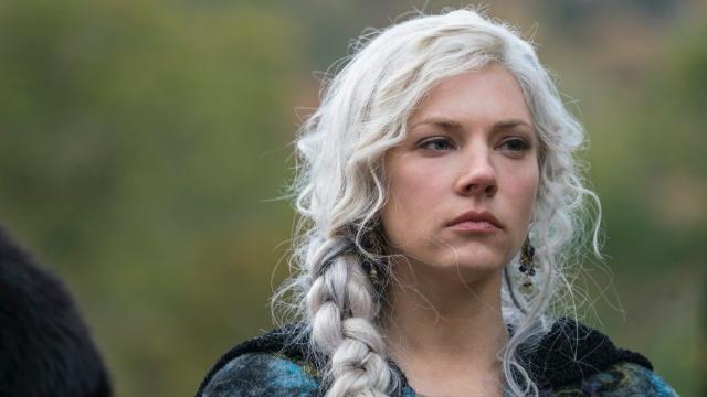 Katheryn Winnick se despede de Vikings e fala sobre personagem