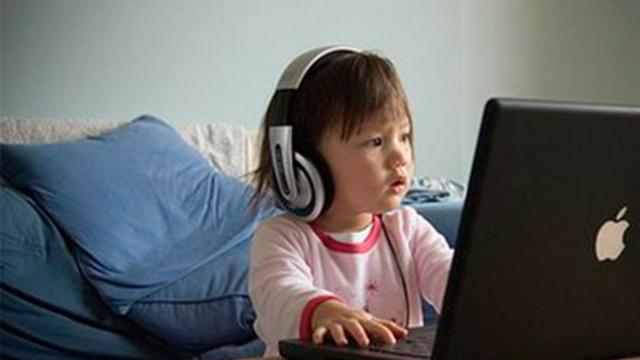 Momo aparece em vídeos do YouTube Kids incentivando crianças a se suicidarem
