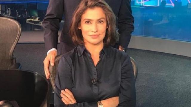 TV substitui apresentadora famosa pela blusa aberta por