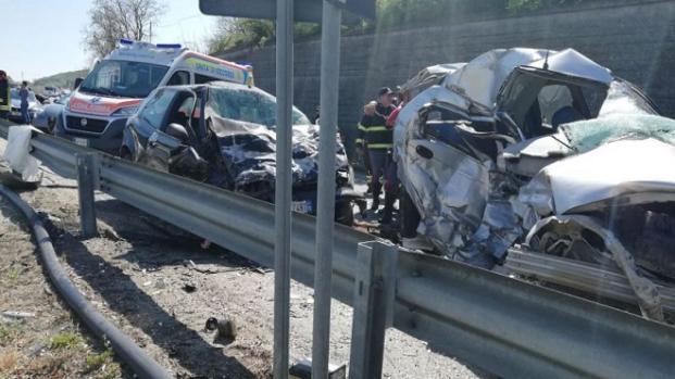 Calabria, giovane donna deceduta in un incidente stradale