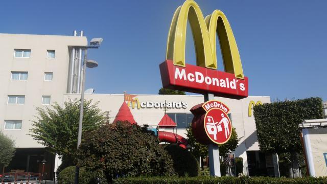 Burger aux cornichons : le poisson d'avril de Mcdonald's qui déçoit les fans