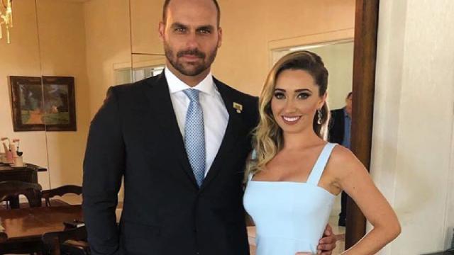Eduardo Bolsonaro e noiva, Heloísa Wolf, fazem ensaio fotográfico antes do casório
