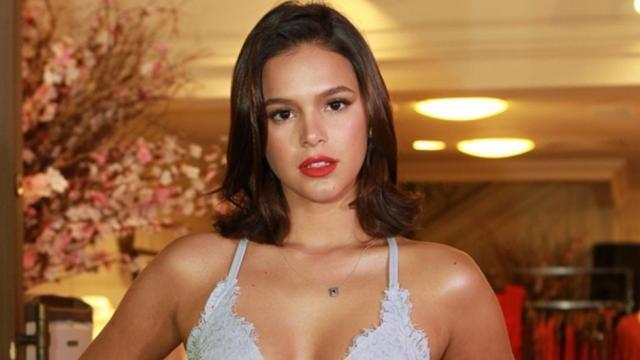Bruna Marquezine é criticada por cabelo e dá melhor resposta à seguidora
