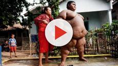 Criança perde 109 kg e deixa de ser o menino mais gordo do mundo