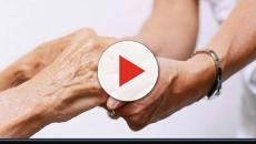 Un'anziana di 102 anni ha chiesto un'ecografia, gli hanno detto di tornare l'anno prossimo