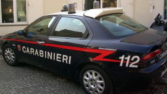 Frosinone, bimbo piange e disturba coppia appartata in auto: la madre lo uccide