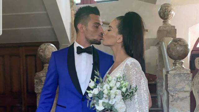 Manon Marsault la robe de son mariage déçoit les internautes
