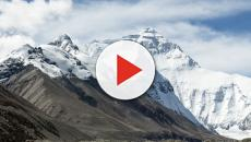 Mount Everest ice melt reveals rubbish and dead bodies, big clean-up mission