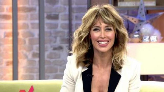 Emma García responde a las críticas porque se vistió de flamenca en Viva la vida