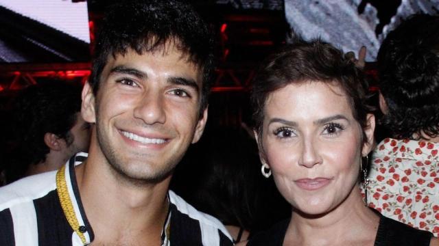 Deborah Secco e marido doam casa para família humilde do sertão baiano
