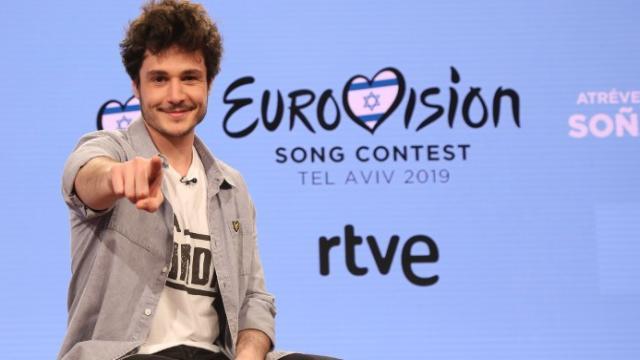 Despedida de Miki rumbo a Eurovisión, una protesta contra Israel trata de boicotearlo