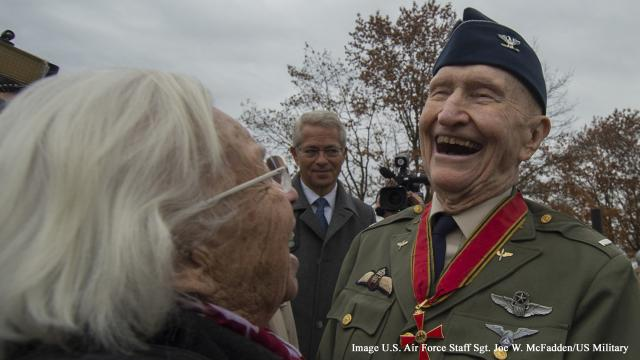 Gail Halvorsen, aka the Candy Bomber, guest of honor in Berlin
