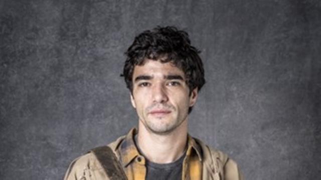 Caio Blat responde acusações de assédio: 'que se identifique e me procure'