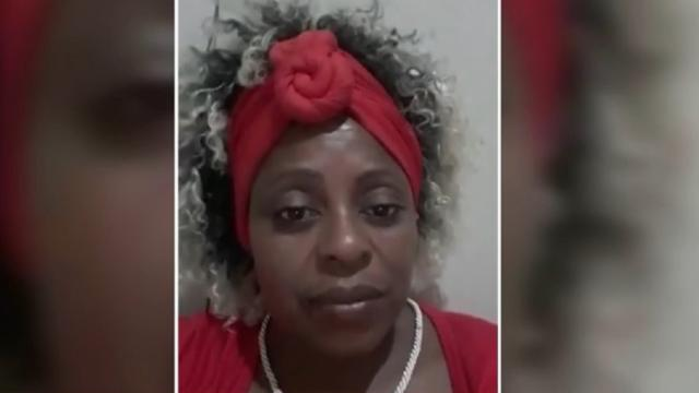 Separada há 25 anos, 'Cleusa de mala e cuia' usa internet para exigir divórcio e viraliza