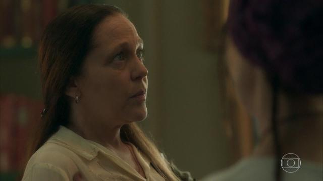 'O Sétimo Guardião': Judith começa a levantar suspeitas com suas atitudes